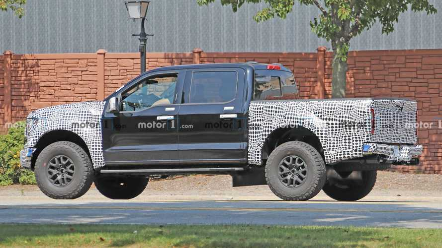 2021 Ford F-150 Raptor Spied With A Surprisingly Modest Grille