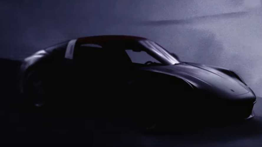 2021 Porsche 911 Targa teased ahead of 18 May reveal