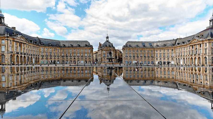 La ville de Bordeaux bientôt interdite aux voitures ?