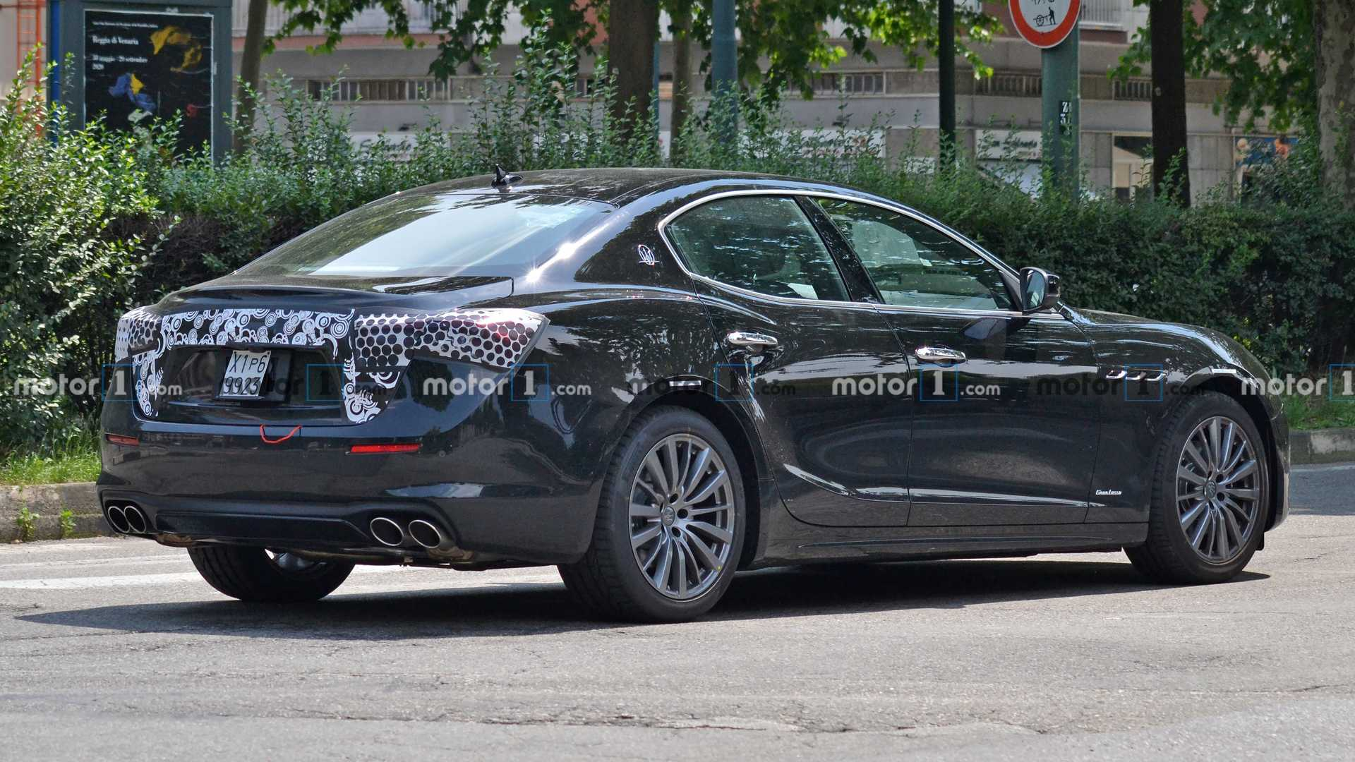 2014 - [Maserati] Ghibli - Page 10 2021-maserati-ghibli-facelift-spy-photo