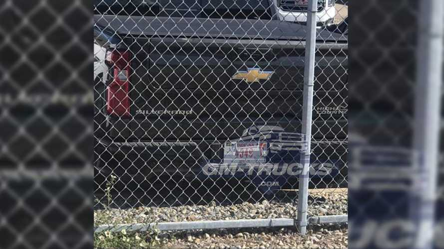Chevy Silverado With GMC Sierra's MultiPro Tailgate Already Spied