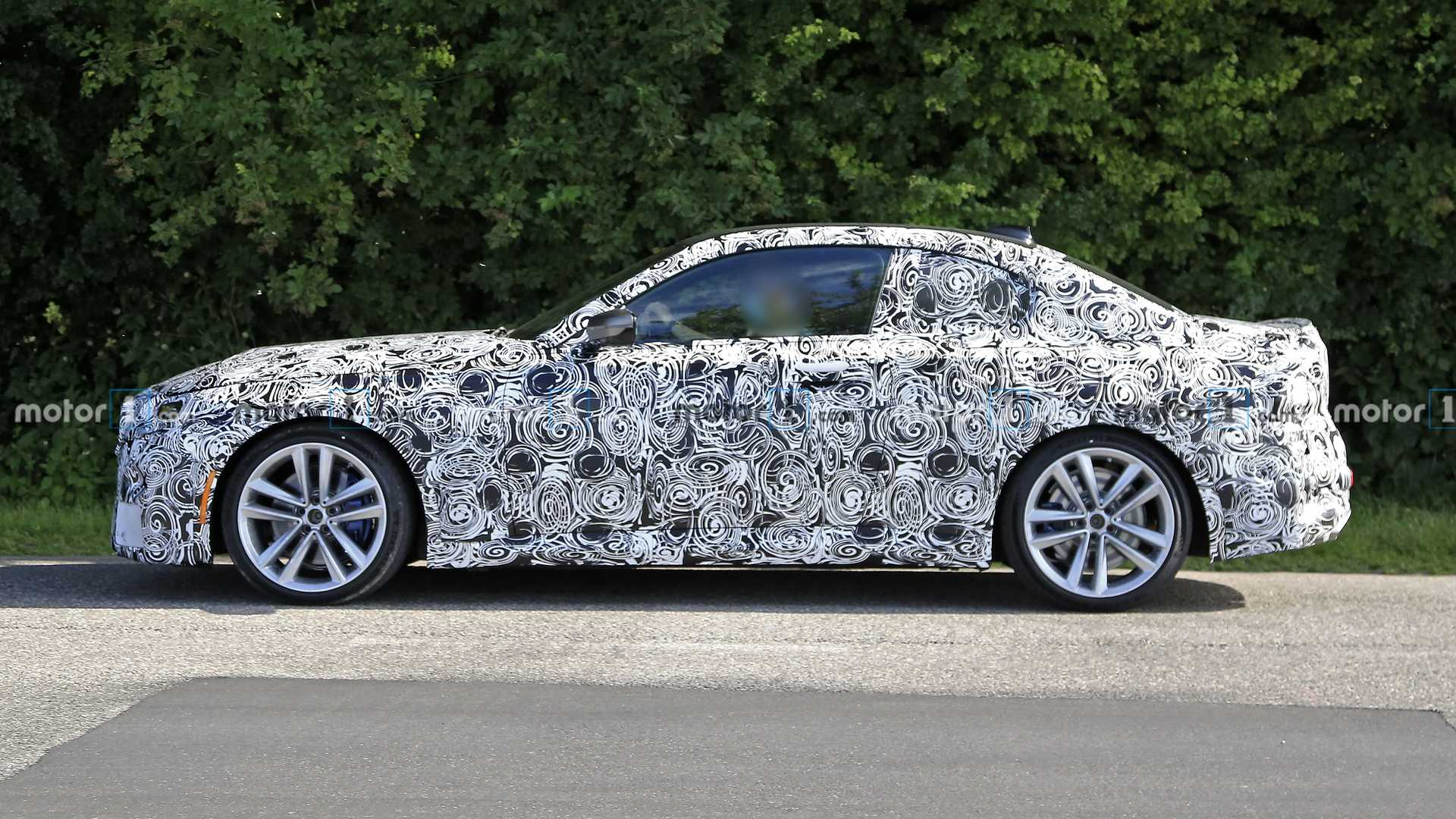 2022 - [BMW] Série 2 / M2 Coupé [G42] - Page 4 2022-bmw-2-series-coupe-spotted