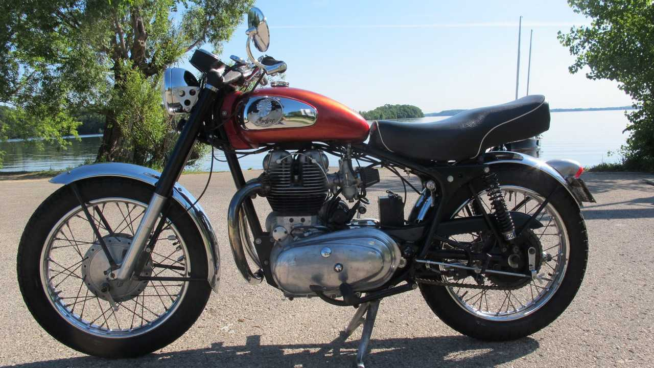 1959 Indian Apache