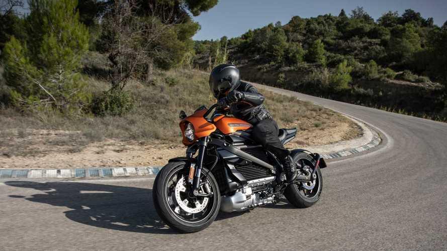 Байкер проехал от Мексики до Канады на электрическом Harley-Davidson