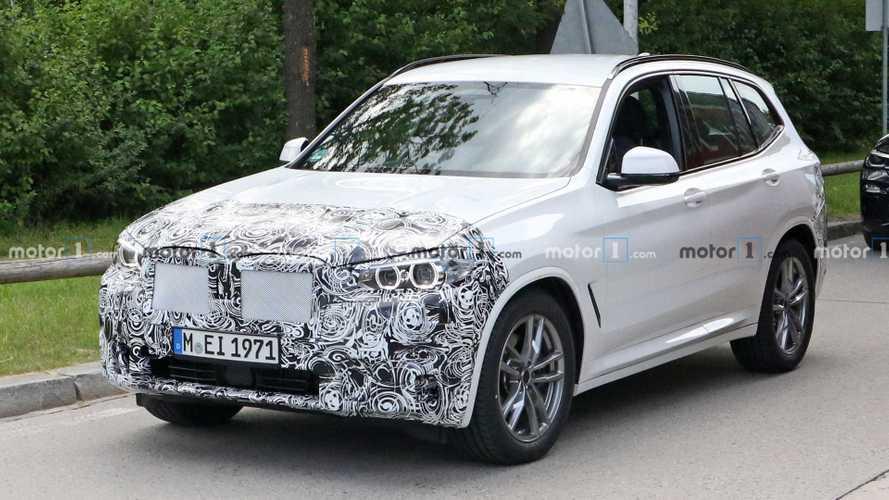 2022 BMW X3 facelift first spy photos