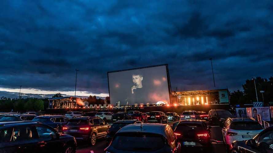 Seat reinventa i cinema drive-in con un concerto in Germania