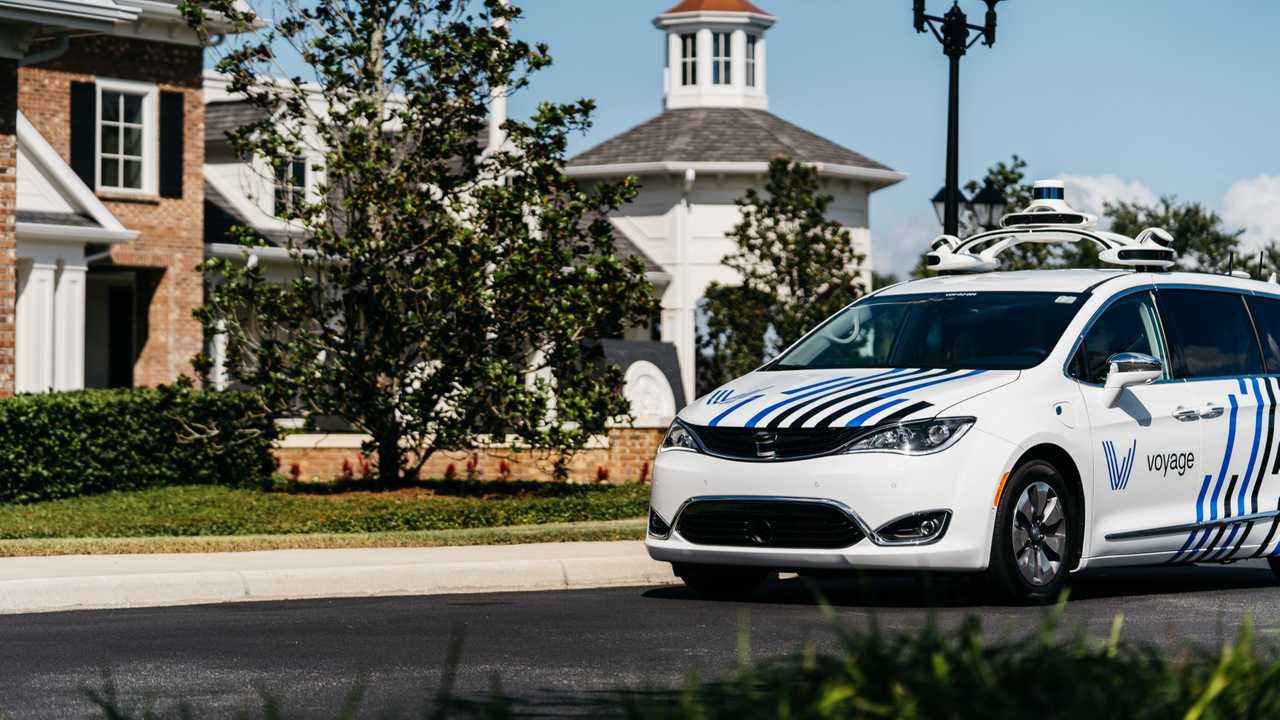 Voyage's Self-driving Chrysler Pacifica Hybrid