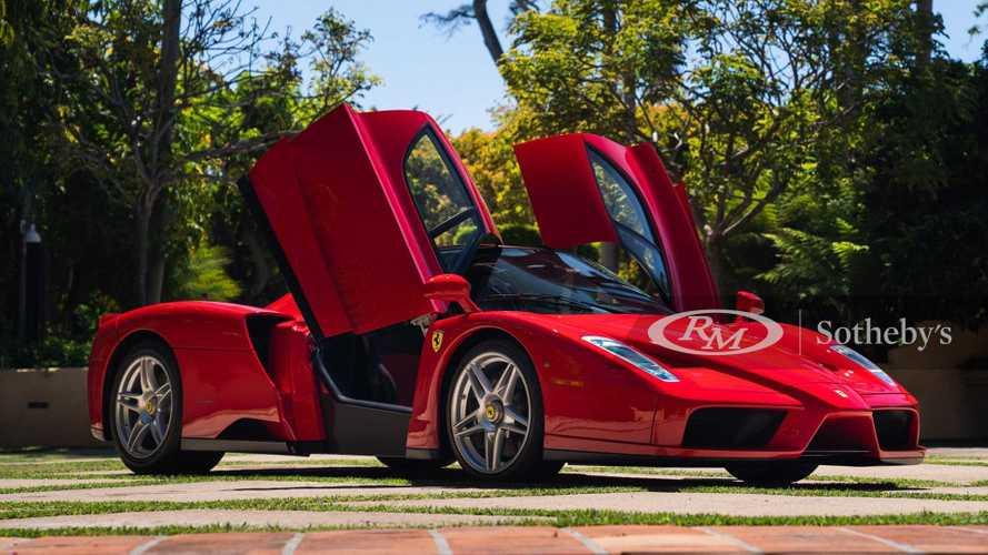 Eléri-e a 900 millió forintot ennek a tökéletes állapotban lévő Ferrari Enzónak a vételára?