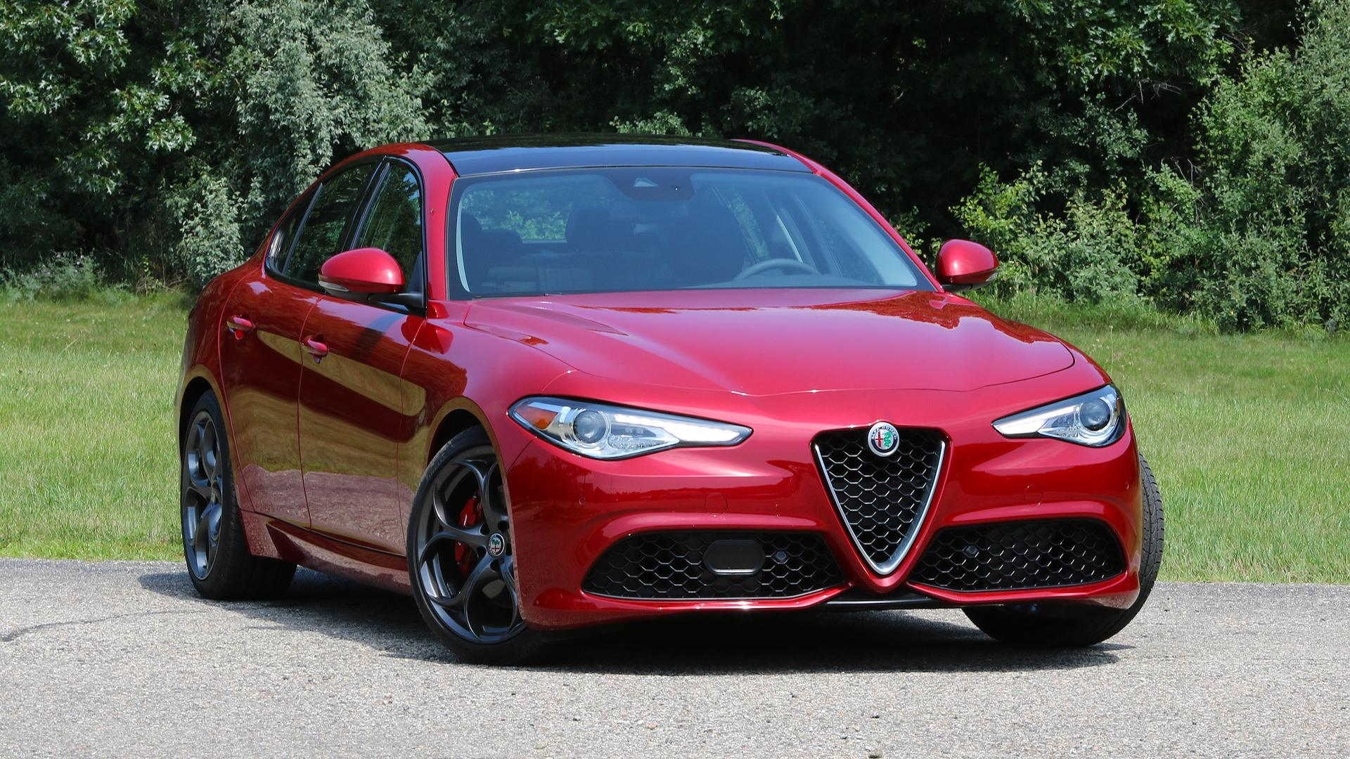 Alfa Romeo Giulia 0 60 >> 2017 Alfa Romeo Giulia Review Racy Even Without The