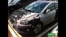 Novo i30 é flagrado em testes em Teresina - Hatch não terá central multimídia no Brasil