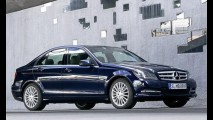Mercedes mostra Classe C 2011 com leve reestilização