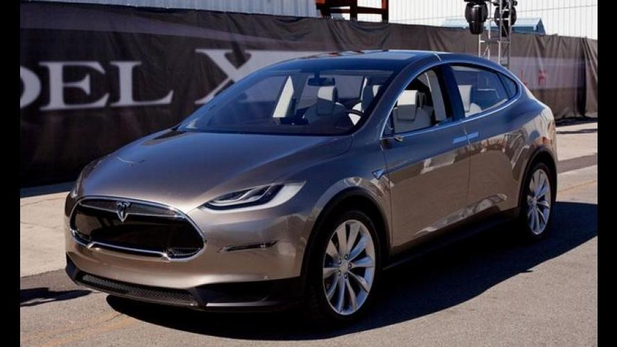 Tesla Model X 2015 já pode ser encomendado nos Estados Unidos