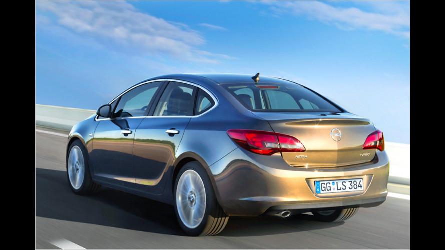 Opel Astra (2012) kommt als Viertürer