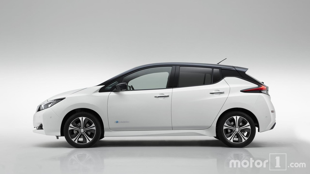 A new generation of 2018 Nissan Leaf model year 85