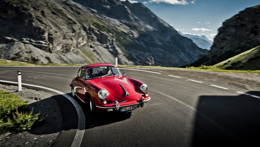 """Porsche Drive - Stelvio"""