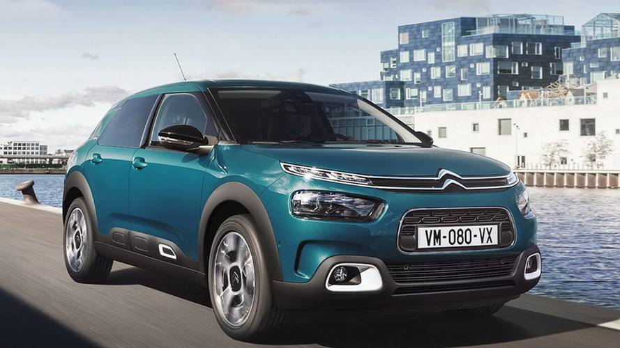 New 2018 Citroen C4 Cactus revealed, now with smaller air bumps.