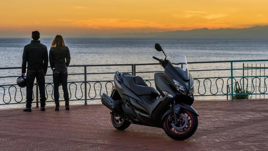 Suzuki presenta el nuevo scooter Burgman 400