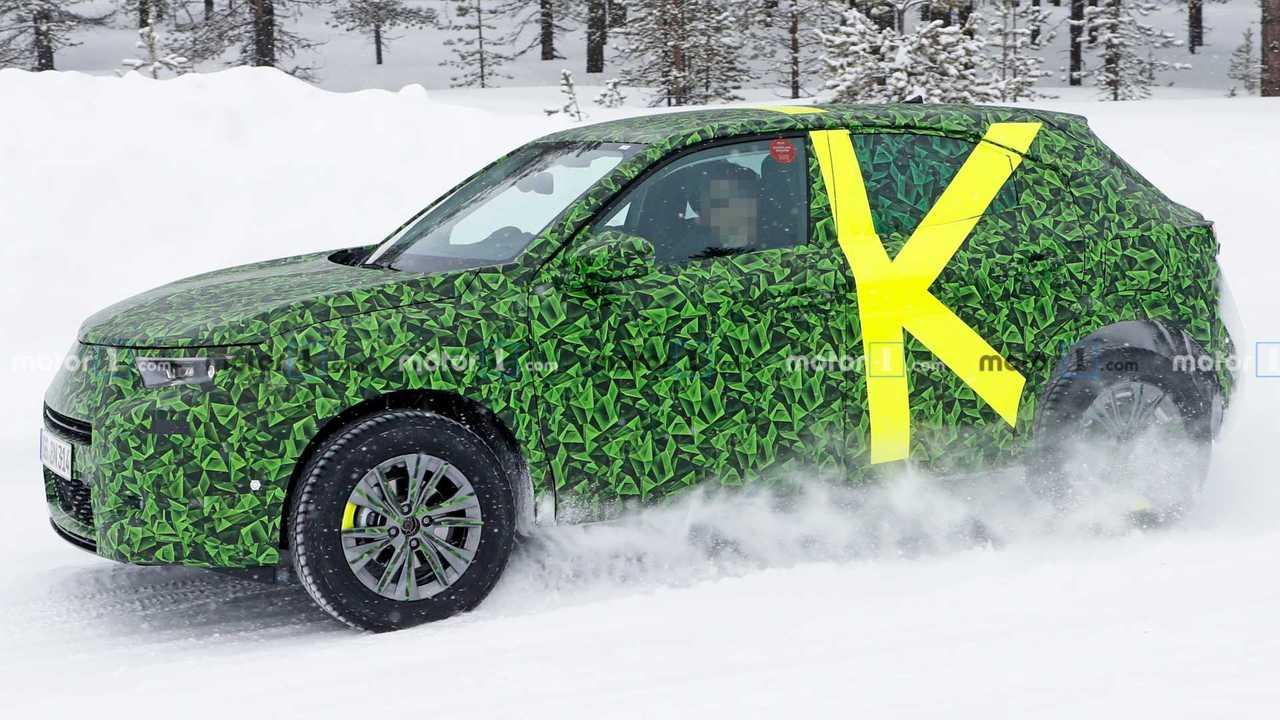 Opel Mokka X spy photo lead image