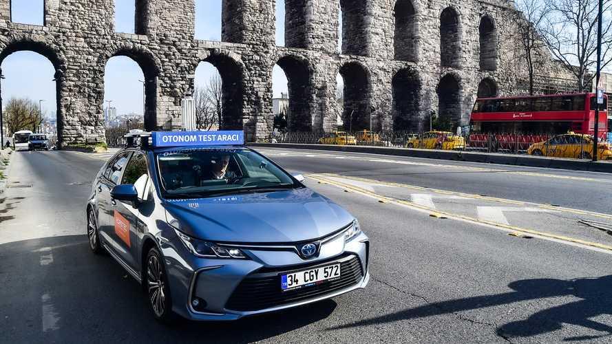 İstanbul trafiği sürücüsüz otomobile kavuştu