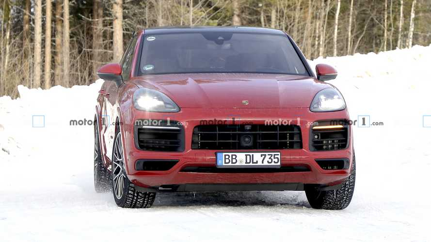 Photos espion nouvelle version Porsche Cayenne Coupe