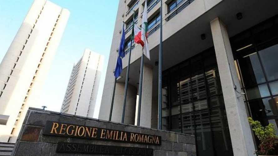 Bollo auto in scadenza, l'Emilia Romagna sospende il pagamento