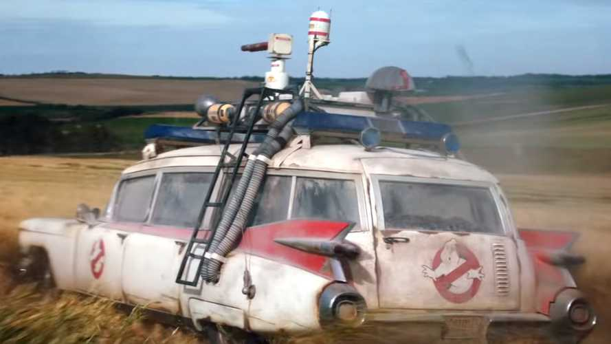 Ecto-1 Barn Find Stars In 'Ghostbusters: Afterlife'