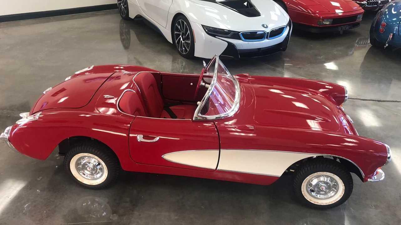 2:3 Scale Brand New Mini Corvette