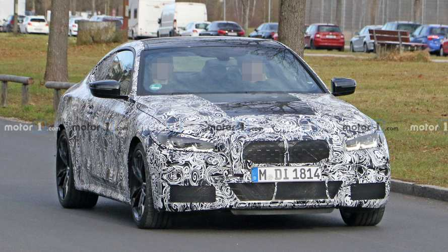 Giant BMW kidney grille visible in 4 Series spy shots