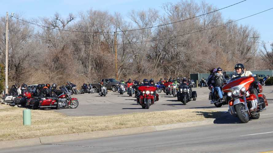 Harleys Roar Into The 2020s With New Year's Day Ride