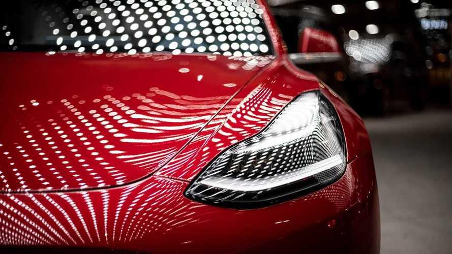 Tesla, hissesi en değerli otomobil üreticisi oldu