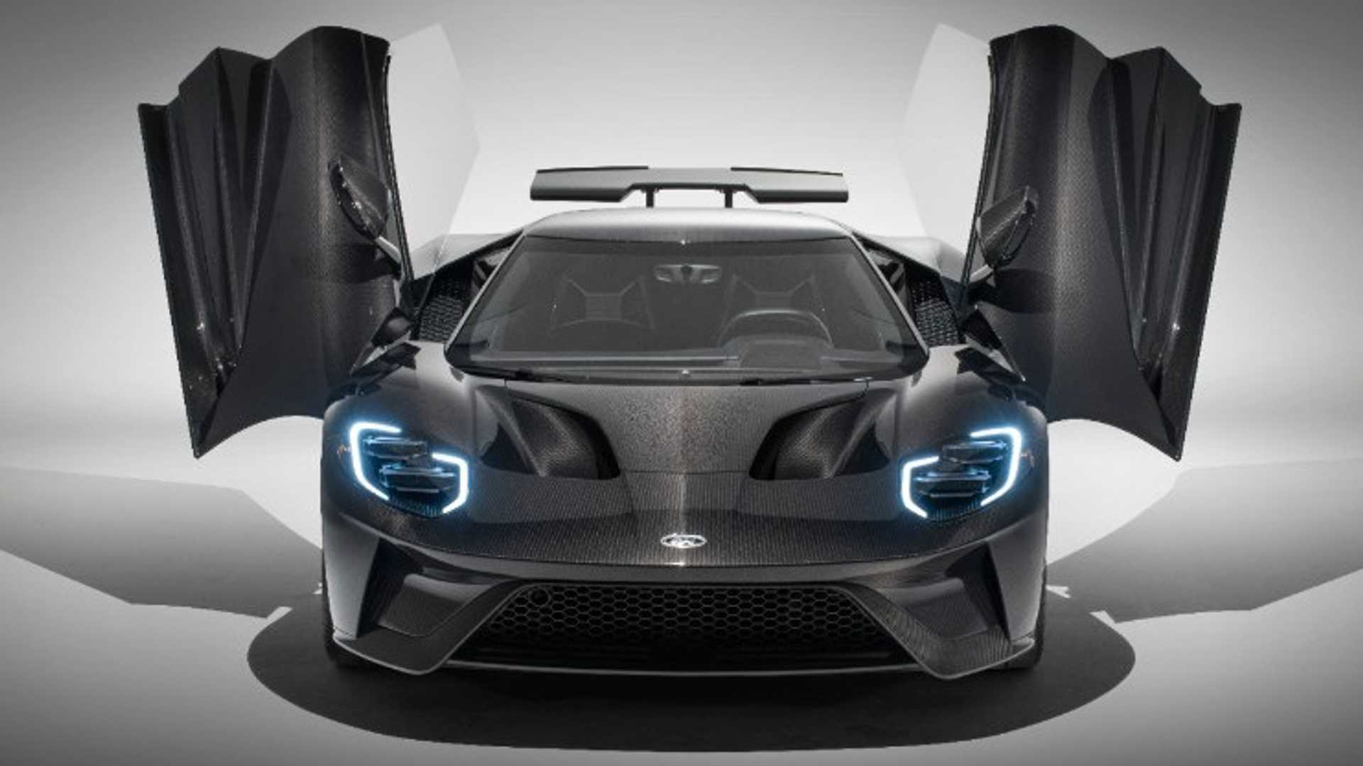 "[""2020 Ford GT Adds More Power, Style""]"