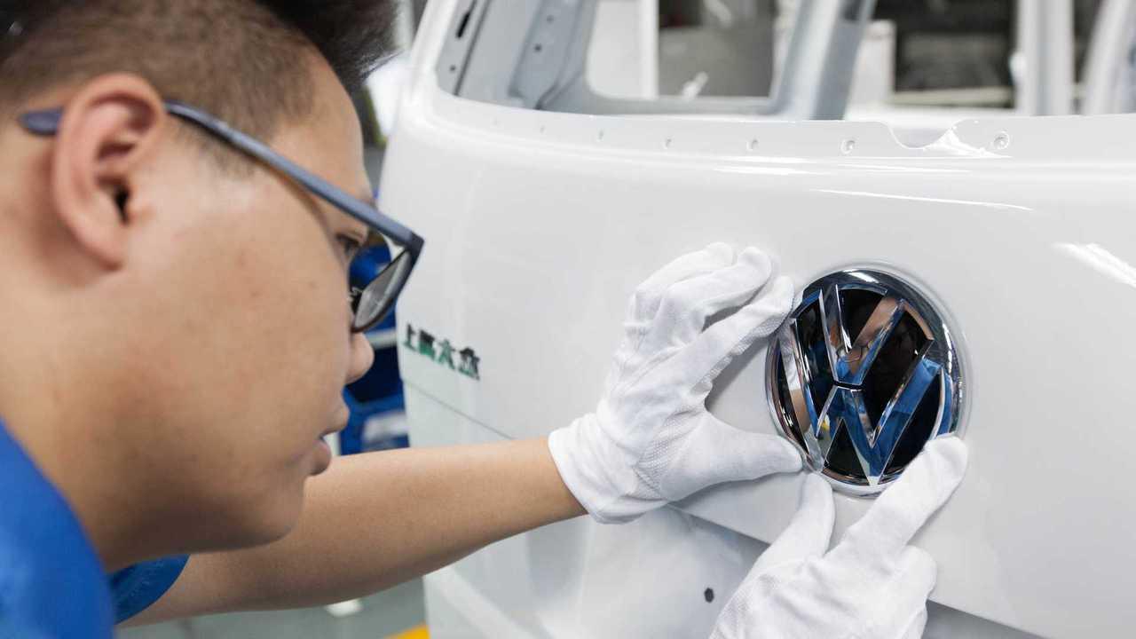 Un dipendente di Volkswagen in Cina