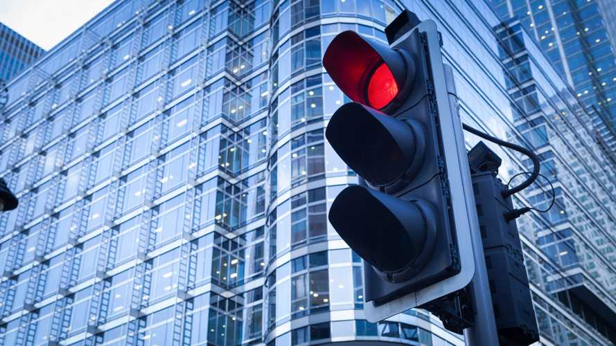 Government invests millions in new traffic signals for local roads