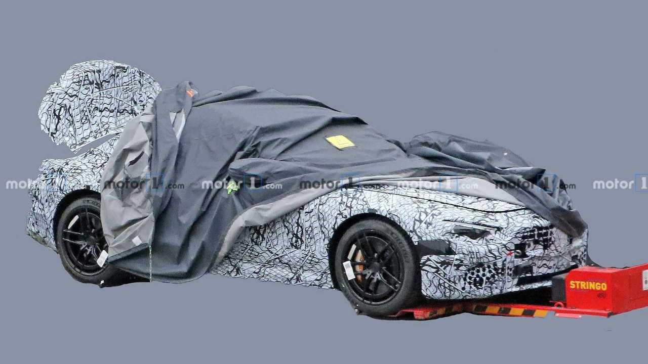 2022 Mercedes SL spy photo