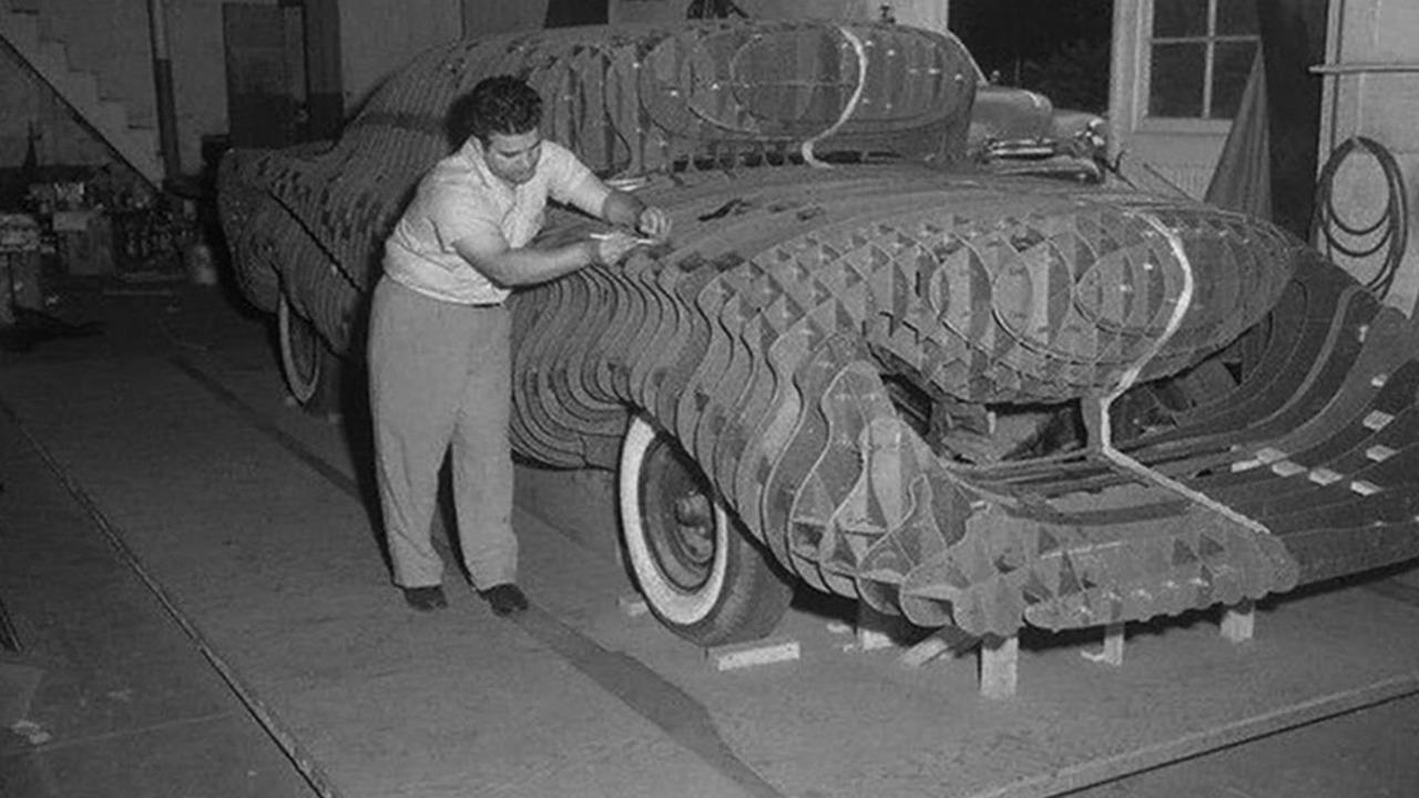Автомобиль безопасности Аврора 1957 года