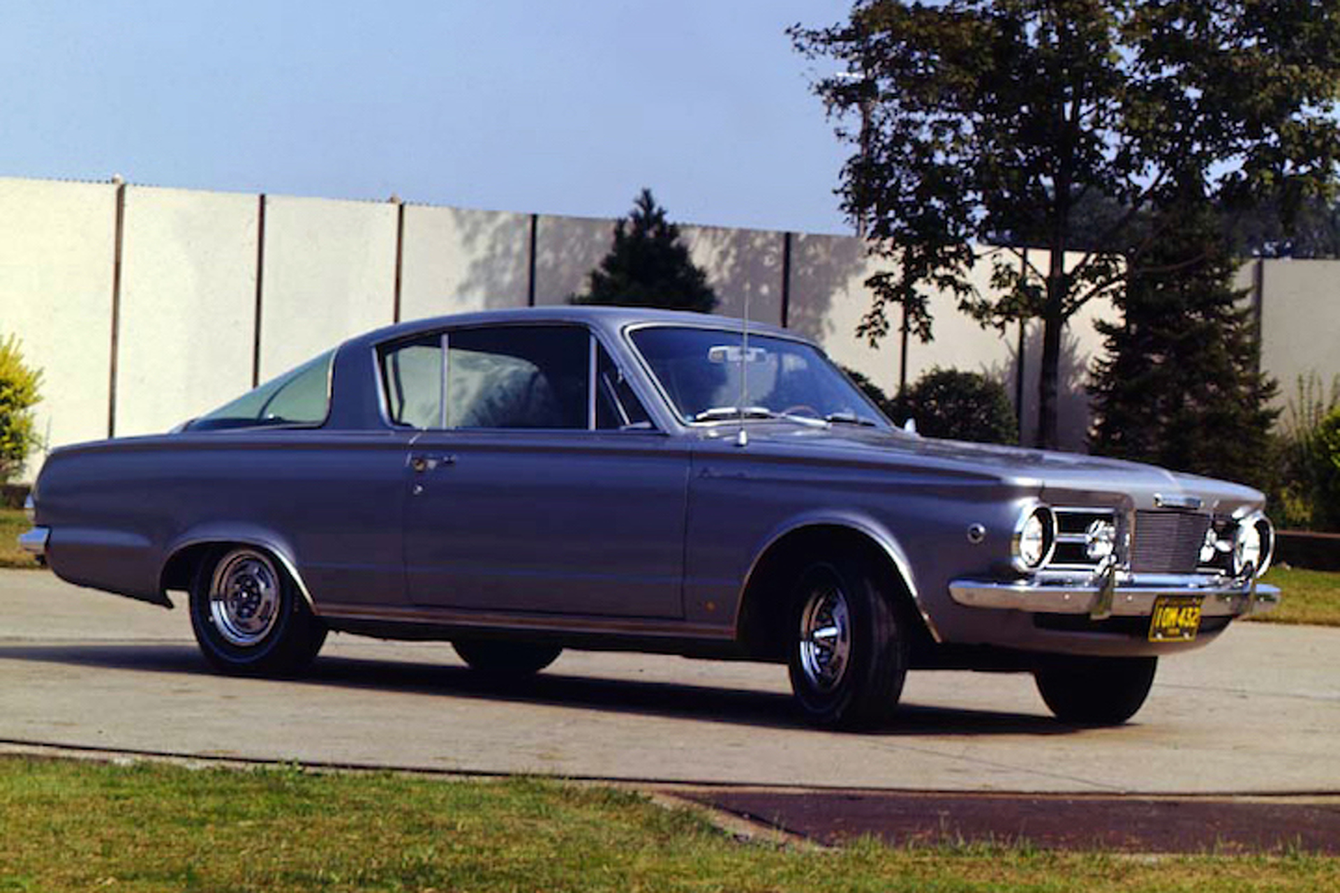 History Of The Plymouth Barracuda Rise Pony Car 1960s Cars