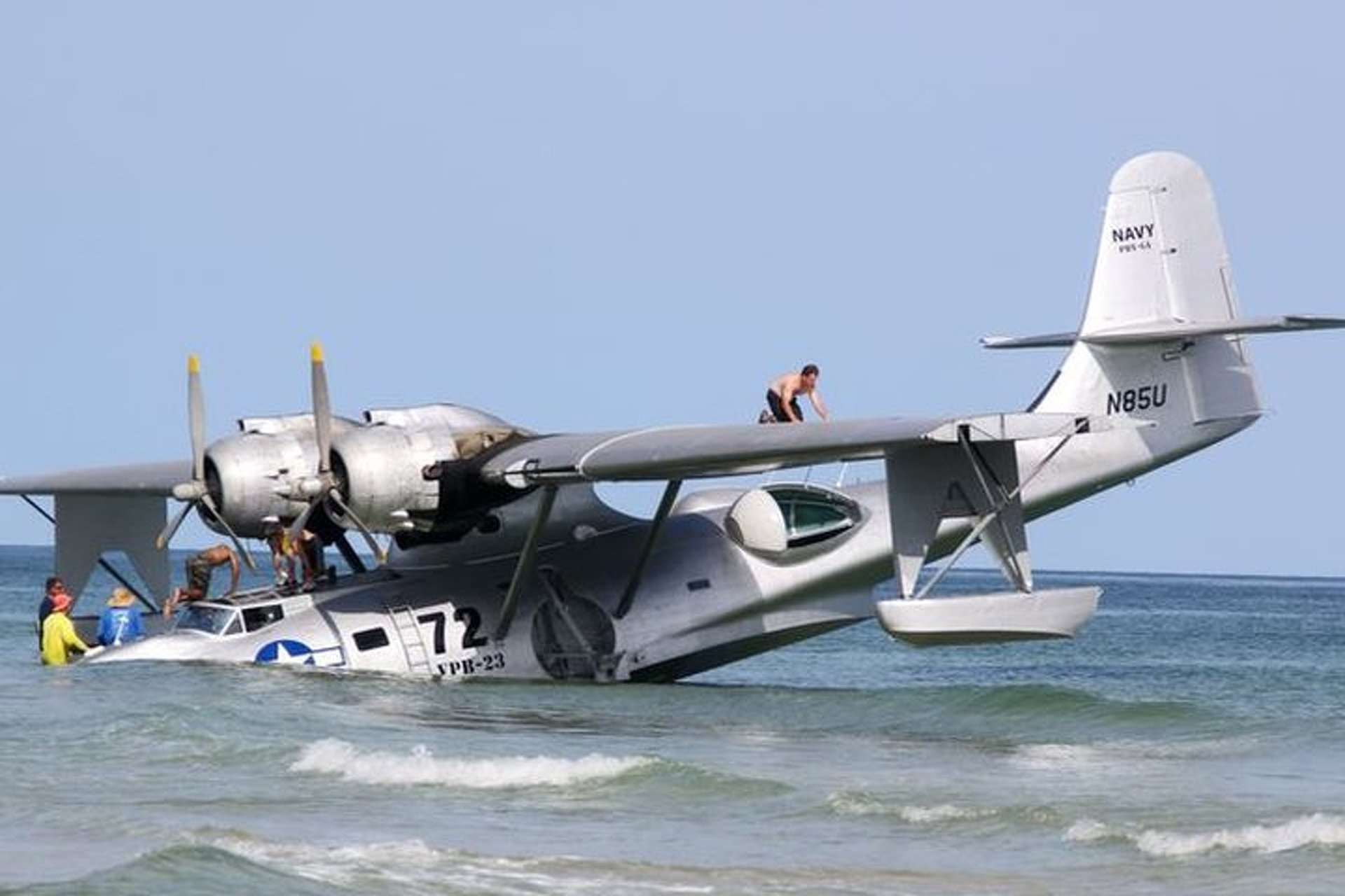 See a Flying Boat From Nic Cage Film Stuck on a Beach 1 of 2