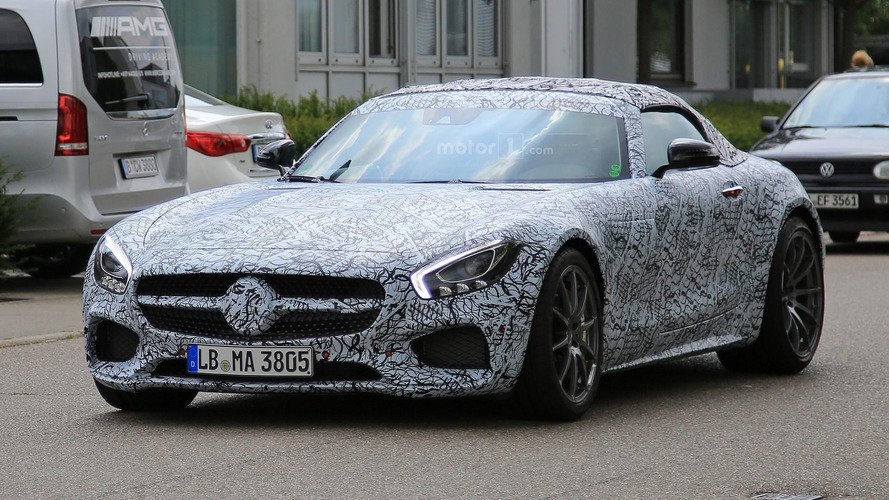 Mercedes-AMG GT : Deux versions roadster pour Paris ?