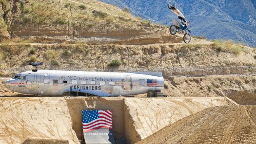 Red Bull X-Fighters World Tour 2013: Adelberg vince a Glen Helen
