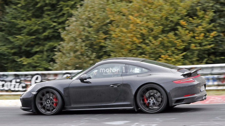 2019 Porsche 911 shows signs of growth
