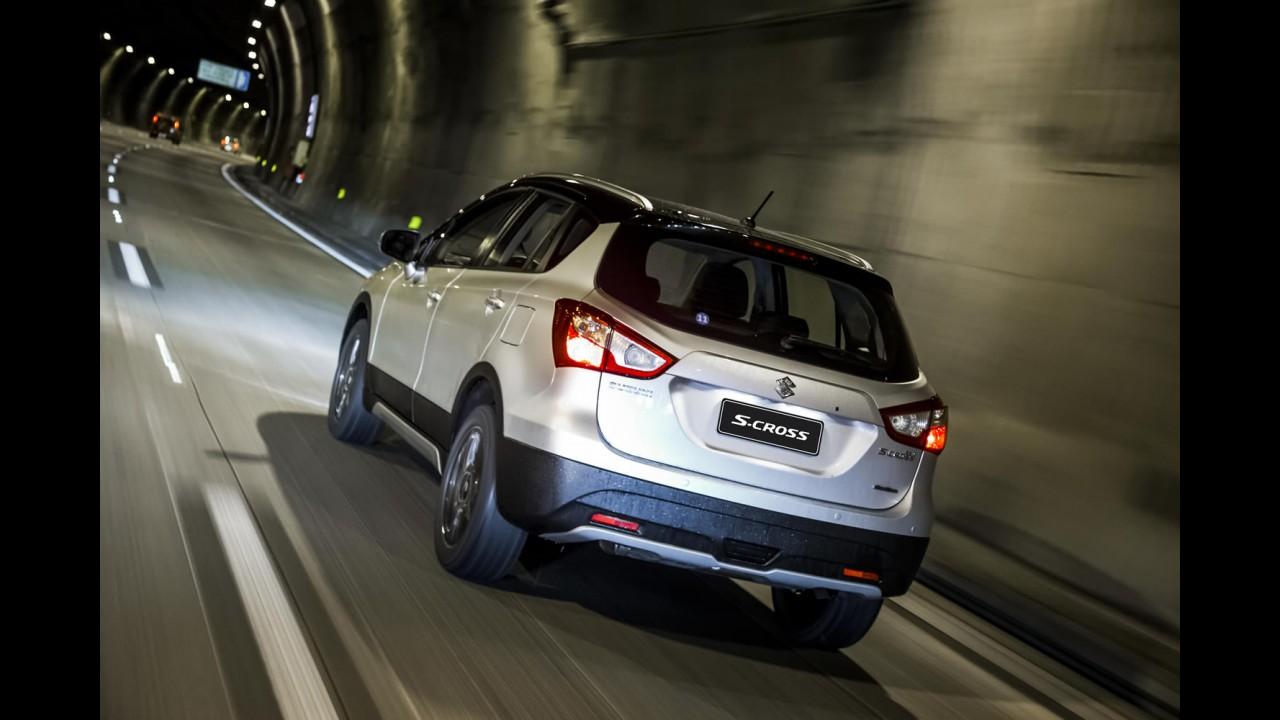 Suzuki convoca 1.244 unidades do S-Cross por falha no banco dianteiro