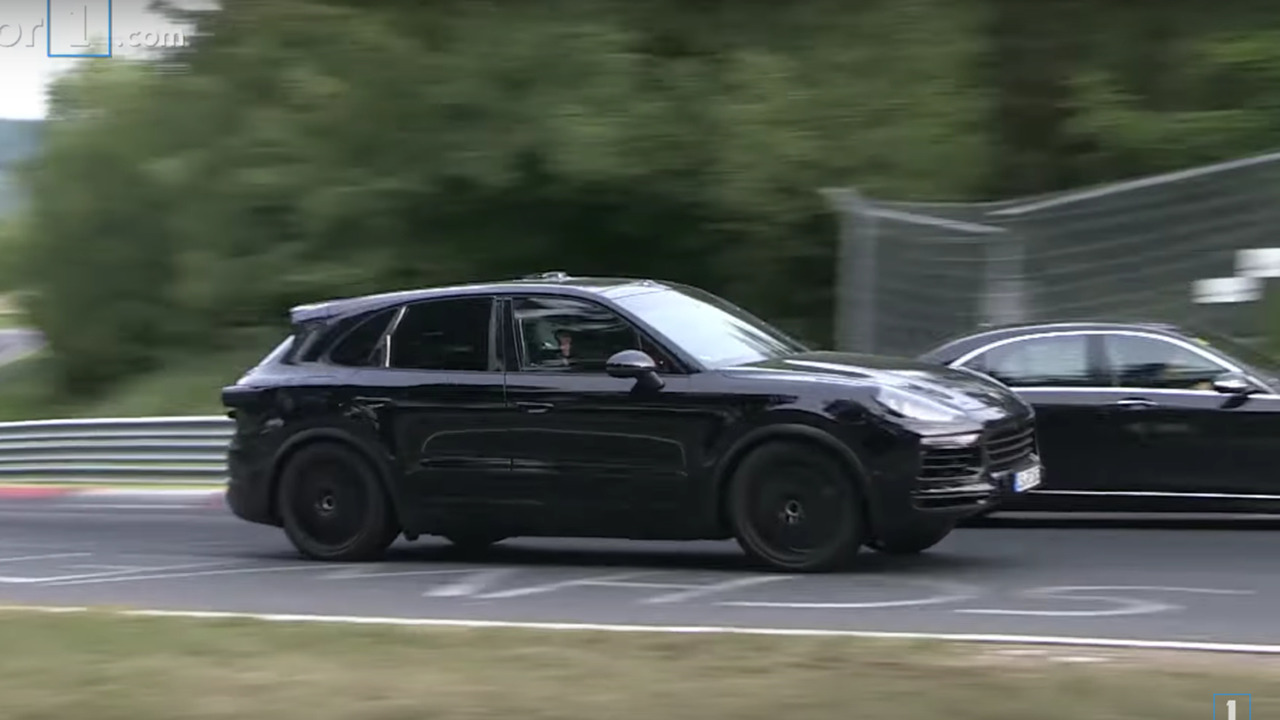 Porsche Cayenne 2017 Video espion