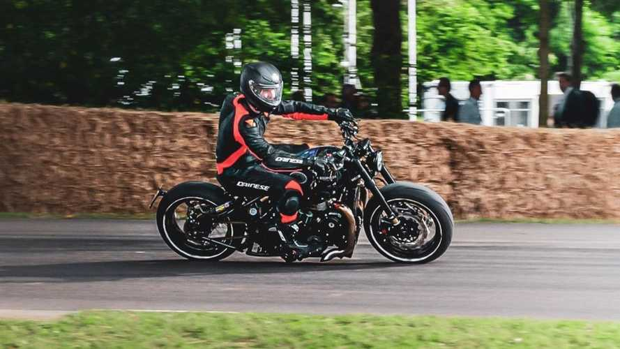 Watch the fastest Triumph Bobber in the world go up a hill