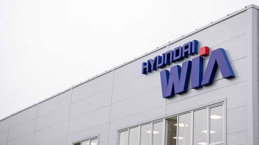 Hyundai открыла в Санкт-Петербурге моторный завод