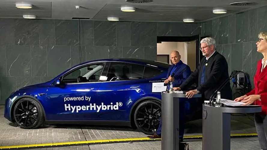 Come funziona la Tesla Model Y a metanolo da 10 milioni di euro