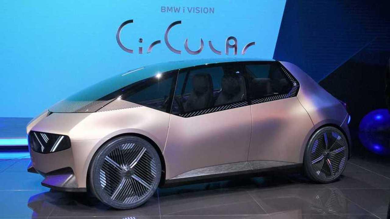 BMW i Vision Circular live at the 2021 Munich Motor Show.