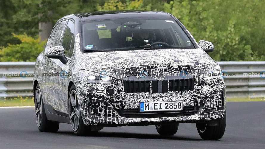 Fotos espía del BMW Serie 2 Active Tourer en Nürburgring