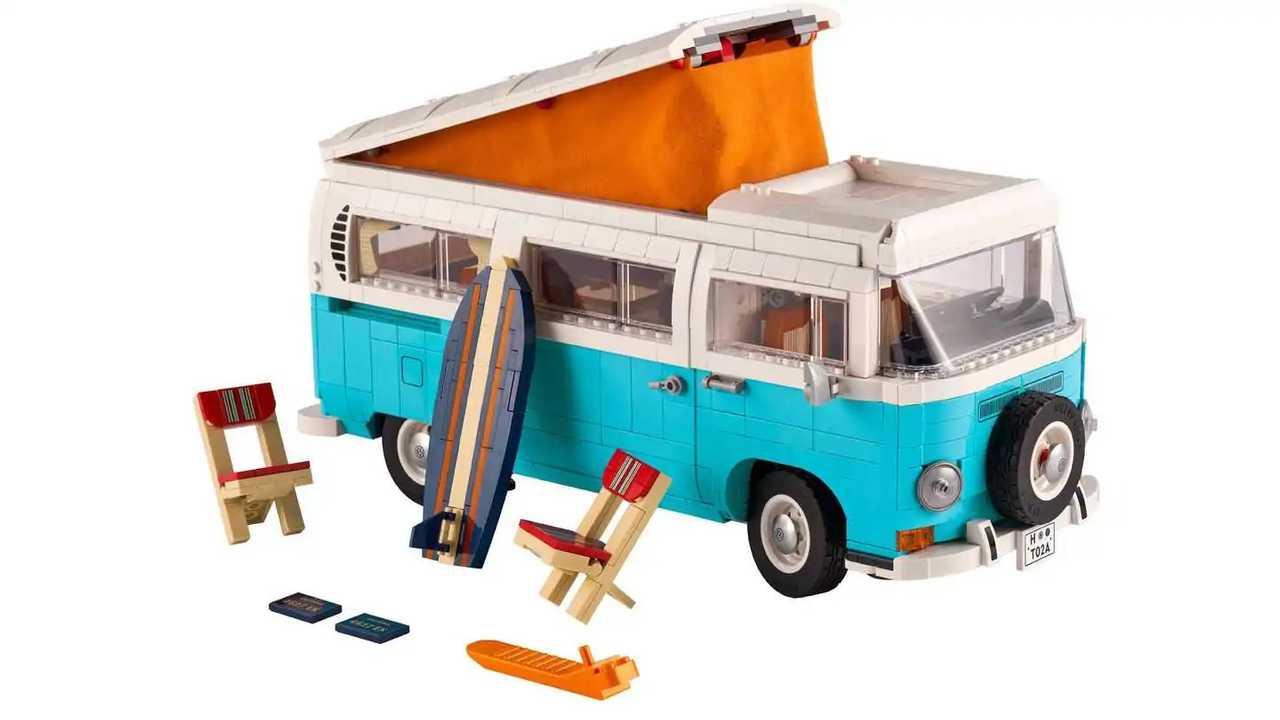 Volkswagen T2 Camper Van by LEGO