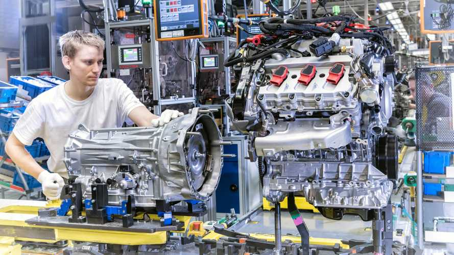 VW Touareg production engine assembly Bratislava plant