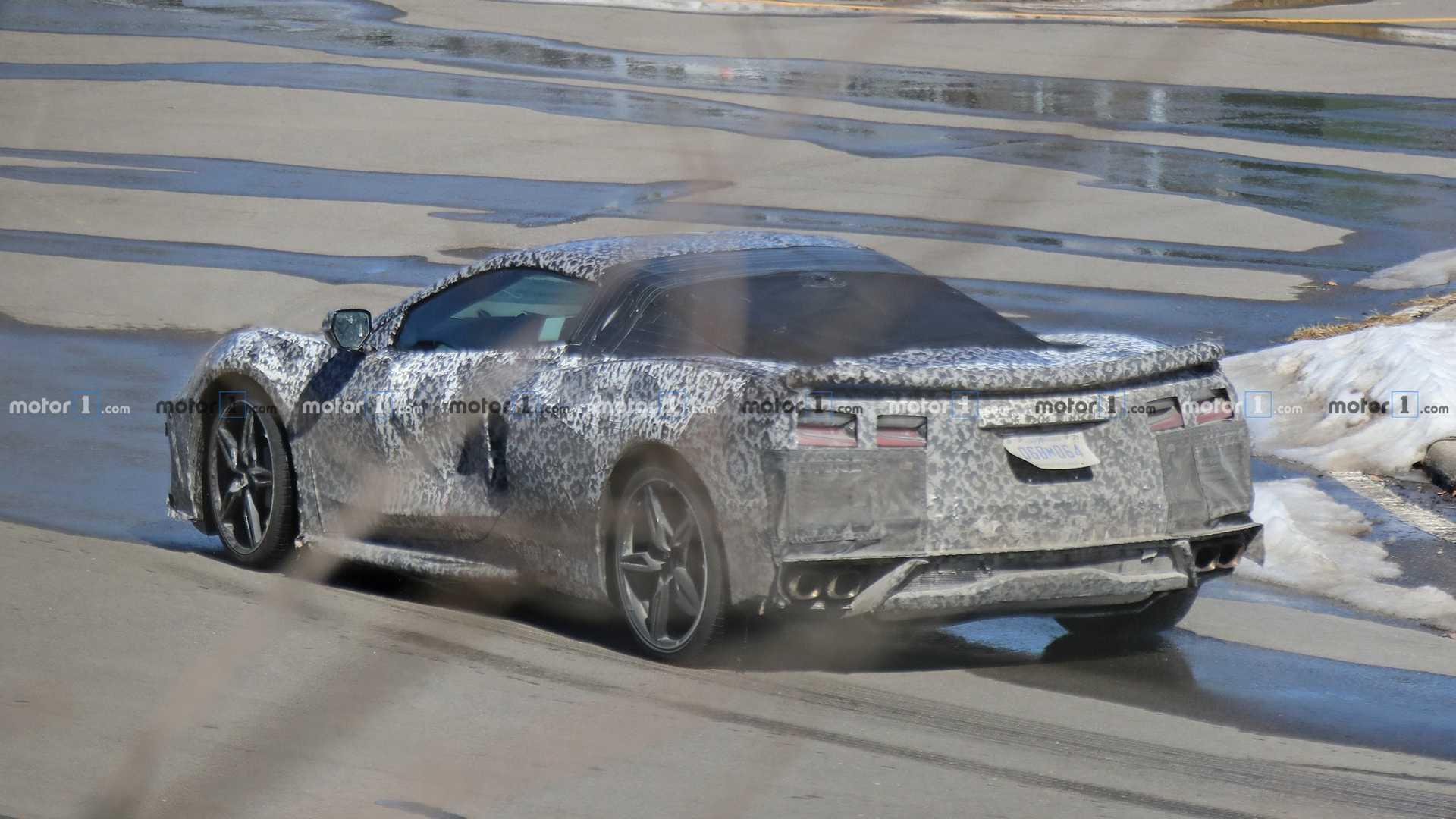 mid-engined-corvette-spy-photo